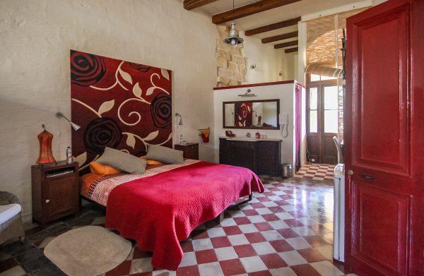 Dar Ta' Zeppi BnB The Red Rose Premium Suite Bed
